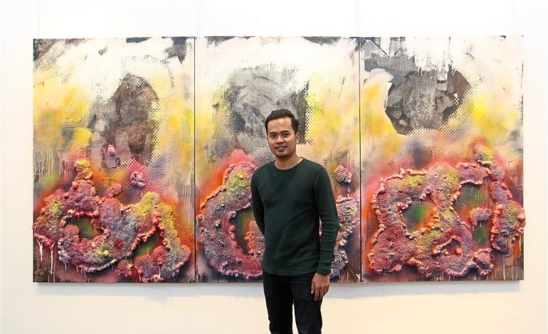 star2 – A vortex of trash in the Pacific Ocean inspires Faizal Yunus' art