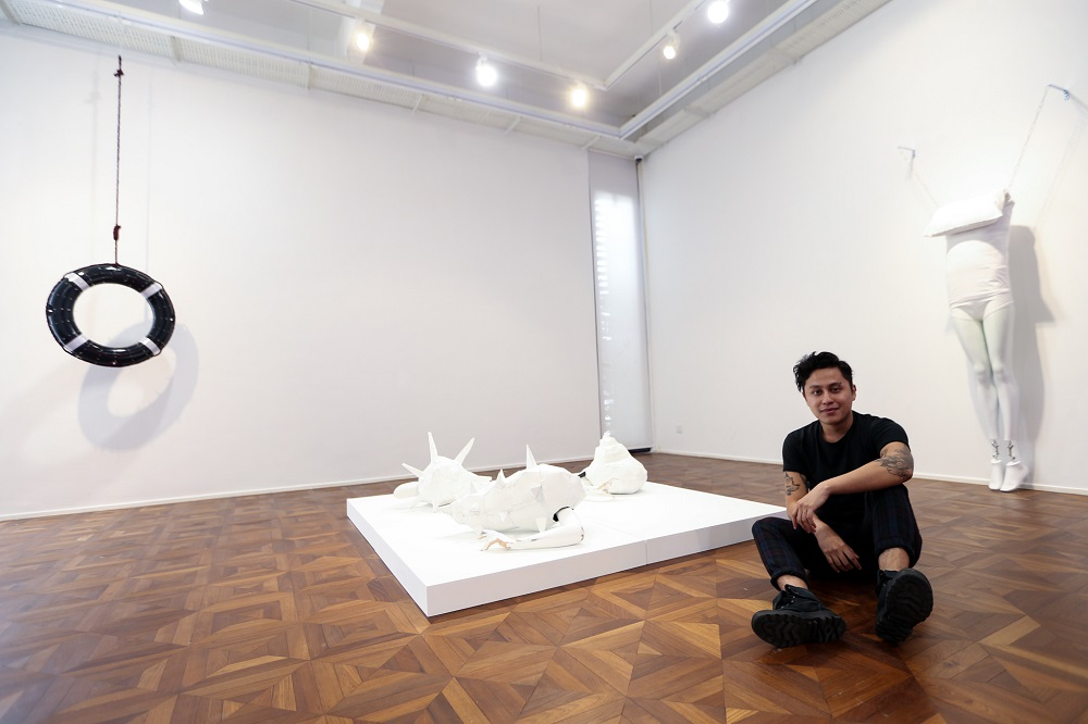 Malay Mail – Malaysian artist Joshua Kane Gomes makes evocative art for loners